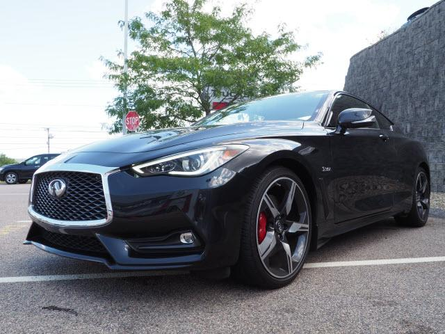 Pre-Owned 2018 INFINITI Q60 RED SPORT 400 AWD