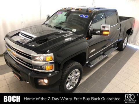 Pre-Owned 2018 Chevrolet Silverado 2500HD 4WD Crew Cab 153.7 High Country With Navigation & 4WD