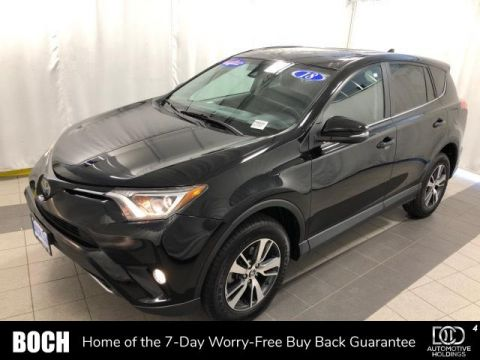 Pre-Owned 2018 Toyota RAV4 XLE AWD AWD