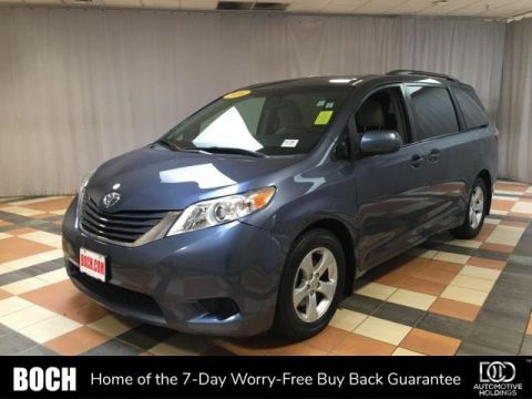 Pre-Owned 2016 Toyota Sienna 5dr 8-Pass Van LE FWD