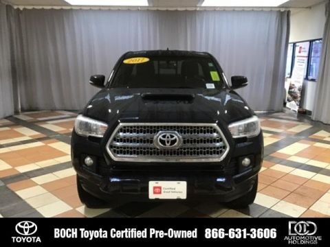 Certified Pre-Owned 2017 Toyota Tacoma TRD Sport Access Cab 6' Bed V6 4x4 With Navigation & 4WD