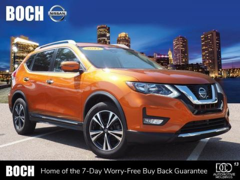Certified Pre-Owned 2017 Nissan Rogue AWD SL