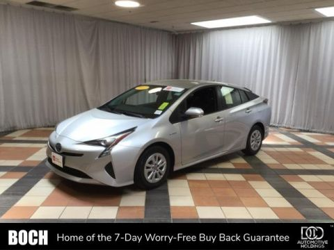 Certified Pre-Owned 2017 Toyota Prius Two FWD 4dr Car